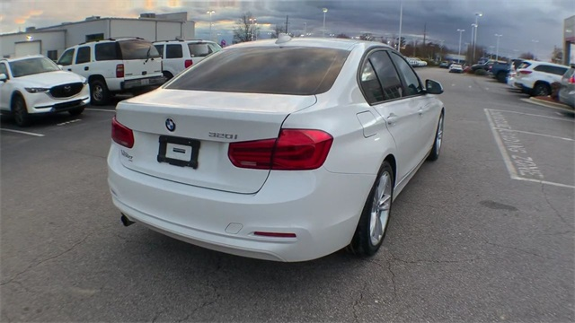 Pre-Owned 2016 BMW 3 Series 320i
